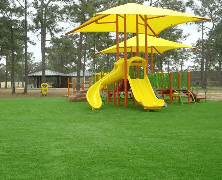 SYNTHETIC TURF SAFE PLAYGROUND