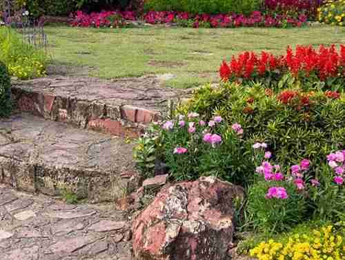 garden -steps-hampton